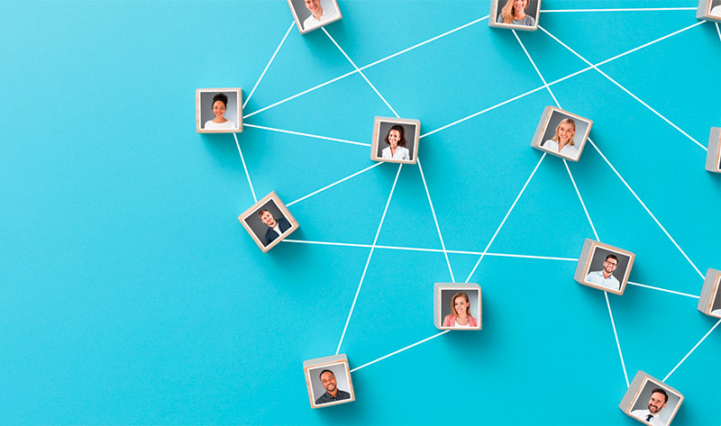 Intégré dans un réseau